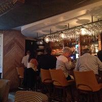 Снимок сделан в The East Pole - Kitchen & Bar пользователем Stefan M. 6/7/2014