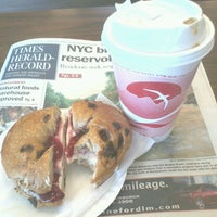 Photo taken at Downtown Bagels by Papo B. on 7/17/2013
