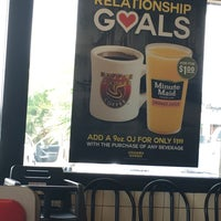 Photo taken at Waffle House by Sharaf A. on 4/25/2017