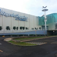 Foto tirada no(a) Rio Preto Shopping Center por Jack U. em 3/14/2013