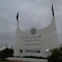 Foto tirada no(a) Punta Ballena por Myrcea Carolina A. em 5/12/2013