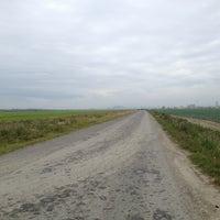Photo taken at Поля в Шушарах by Алексей Ж. on 8/1/2013