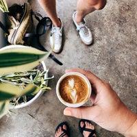 Снимок сделан в Maru Coffee пользователем Victoria M. 6/23/2018