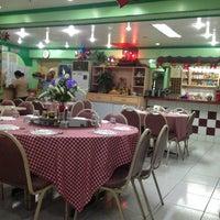 Foto tomada en Peter Lee's Hong Kong Tea House por Carlo 1. el 12/4/2013