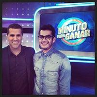 Photo taken at Minuto Para Ganar by Jorge G. on 4/20/2013