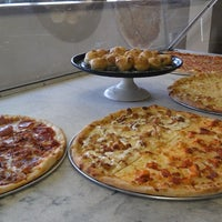 Photo taken at New York Style Pizza by Jerry E. on 7/12/2014
