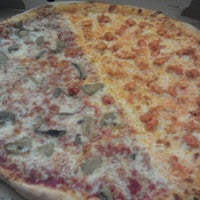 Photo taken at New York Style Pizza by Jerry E. on 7/25/2014