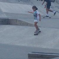 Foto tomada en Skatepark Cimadevilla por Ivan R. el 8/30/2015