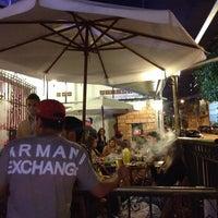 Foto tirada no(a) El Maktub Bar por Natacha T. em 12/20/2013