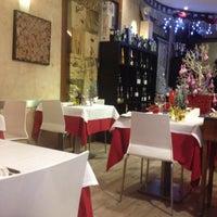 Photo prise au Vino E Vino par Patrizia L. le12/24/2014