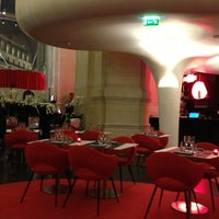 Photo taken at L'Opéra Restaurant by Sophie A. on 2/13/2013