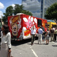 Photo taken at Food Truck Tuesdays In Buckhead by Scott S. on 7/16/2013
