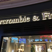 Photo taken at Abercrombie & Fitch by Robert R. on 1/25/2017