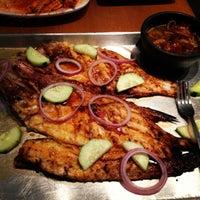 Foto tirada no(a) Coni'seafood por Marissa em 4/15/2013