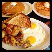 3/24/2013にPablo A.が11th Street Dinerで撮った写真