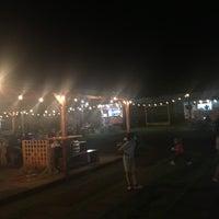 Foto tomada en El Predio - Food Truck Park por Fidel E. el 7/22/2017