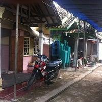 Photo taken at Gegesik, Arjawinangun by Totoh T. on 3/4/2014
