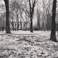 2/8/2013 tarihinde Carl J.ziyaretçi tarafından Cadman Plaza Park'de çekilen fotoğraf