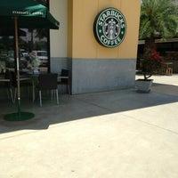 Photo taken at Starbucks by P'ung P. on 5/31/2013