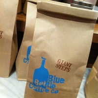 Photo taken at Blue Bottle Coffee by Li J. on 12/22/2012