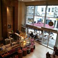 1/31/2013 tarihinde Zeynep K.ziyaretçi tarafından Kahve Dünyası'de çekilen fotoğraf