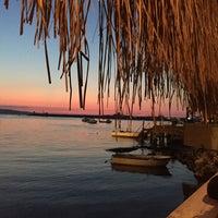 9/25/2015 tarihinde Özcan A.ziyaretçi tarafından Rota Balık Restaurant'de çekilen fotoğraf