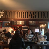 Photo taken at North Fork Roasting Co. by Vinnie C. on 5/8/2016