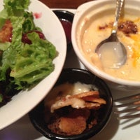 Photo taken at LongHorn Steakhouse by Kym H. on 1/17/2014