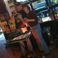 Photo taken at Quaker Steak & Lube® by Roni S. on 3/14/2013