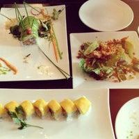 Foto tomada en Otoro Sushi por Bommy C. el 8/19/2013