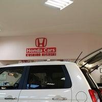 Photo taken at Honda Cars釧路東 by りえ@REPSOL on 3/23/2014