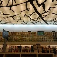 11/11/2012 tarihinde Josue Q.ziyaretçi tarafından Fondo de Cultura Económica Rosario Castellanos'de çekilen fotoğraf