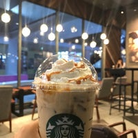 Photo taken at Starbucks by CHUNG B. on 2/15/2017