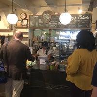 8/17/2018 tarihinde Albert C.ziyaretçi tarafından Toby's Estate Coffee'de çekilen fotoğraf