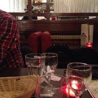 Photo taken at Brasserie de la Bourse by Ксения on 10/11/2016