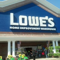 Photo taken at Lowe's Home Improvement by LaMont'e B. on 4/6/2013