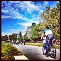 10/7/2012 tarihinde Katie M.ziyaretçi tarafından Atlanta BeltLine Corridor under Freedom Pkwy'de çekilen fotoğraf