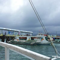 Photo prise au Caticlan Jetty Port & Passenger Terminal par Arden G. le2/3/2013