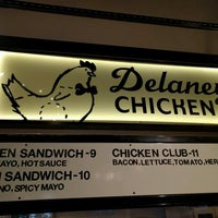 4/29/2017にAlvinがDelaney Chickenで撮った写真