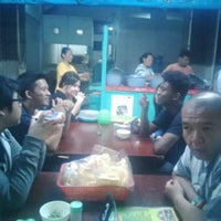 Photo taken at Nasi Gudeg & Nasi Liwet Danukusuman by Jocky H. on 4/2/2015
