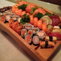 Photo taken at Gokan Sushi Lounge by Jerffson S. on 3/2/2013
