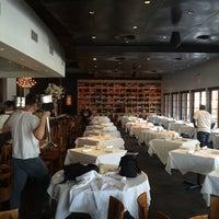 Foto tirada no(a) Ibiza Food and Wine Bar por Leprechaun Cider Company em 7/12/2014