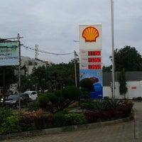 Foto tomada en SPBU Shell por 💋✌dean✌💋 el 1/4/2014
