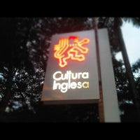 Photo taken at Cultura Inglesa by Fabricio A. on 1/22/2013