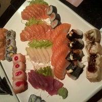 Photo prise au Anália Franco Sushi Lounge par Caroline A. le10/27/2012