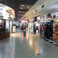 Foto tirada no(a) Shopping Moto & Aventura por Vinicius Gaspar em 9/21/2013
