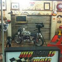 Foto tirada no(a) Shopping Moto & Aventura por Vinicius Gaspar em 11/8/2012