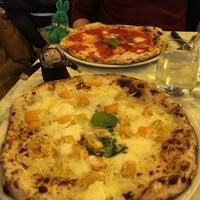 Снимок сделан в Sorbillo Pizzeria пользователем greenie m. 1/24/2018