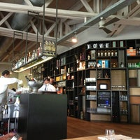 Foto diambil di Bar Tomate oleh William R. pada 7/13/2013