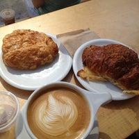 Снимок сделан в Pushcart Coffee пользователем Janet C. 6/22/2013